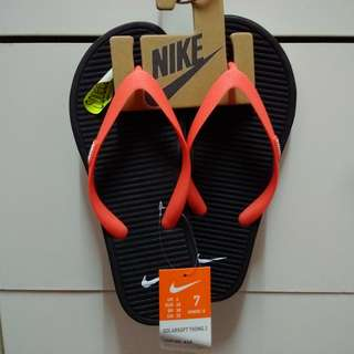 94e91aa8d Authentic Nike Thong Sandals US7