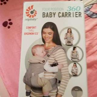 全新ergobaby360 baby carrier