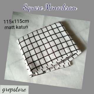 Jilbab segi empat square monochrom