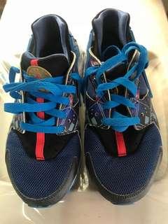 童裝Nike波鞋95%新