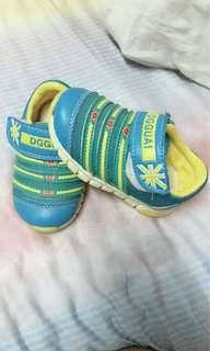 🚚 二手兒童鞋/尺寸22