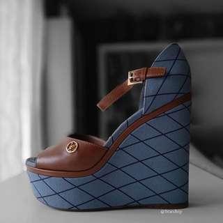 Authentic Louis Vuitton Blossom Sandal 1A1M4H LV