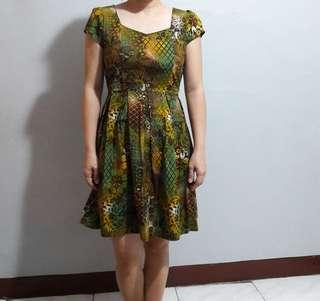 Dress Batik Pita Belakang