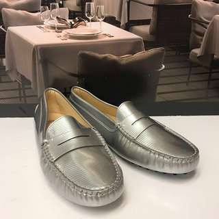 🈹⬇️ Brand New TOD'S Loafer