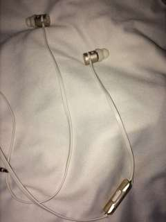 Earphones Authentic Dr. Dre urbeats
