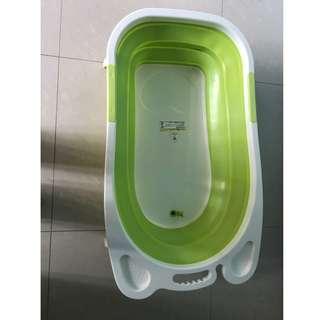 Bath tub for baby