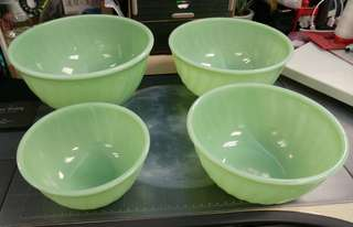 Fire King Anchor Hocking Jadeite vintage, Lot of 4 Jadeite Swirl Pattern Mixing Nesting Bowls, Made in USA.  None marked fire king