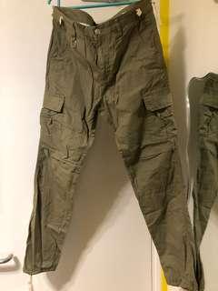 軍綠色長褲 軍裝褲 全新未使用
