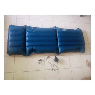 Inflatable Air Bed Swimming Float with Deflator Inflator Pump