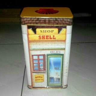 Vintage Shell Tin