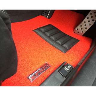 2005 TO 2008 HONDA ACCORD EURO R JDM MODEL CL7 OEM FITMENT CAR FLOOR MAT..FRONT DRIVER/PAX  & REAR PASSENGER RED PVC 05 PCS OTHER COLOR AVAILABLE - BLACK, GREY ,BEIGE ,BROWN & BLUE...PLEASE CONTACT ME BEFORE DROPPING BY !