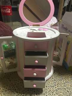 Hello Kitty  Music Jewelry box