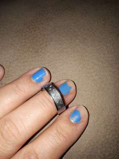 Lv design ring size 7