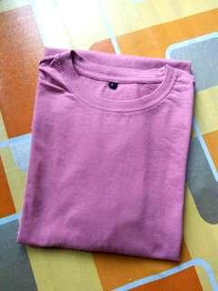 Kaos polos merah muda #MAUPULSA