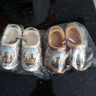 holland wooden clogs shoes