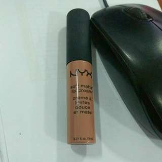 Nyx lipcream original shade london