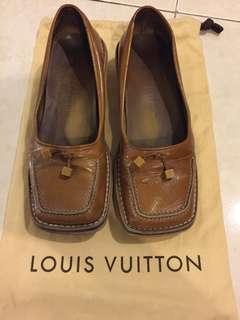 LOUIS VUITTON BALLERINA 36 size