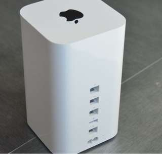 Apple Time Capsule (2TB) current model