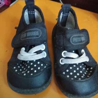 petit wares shoes black
