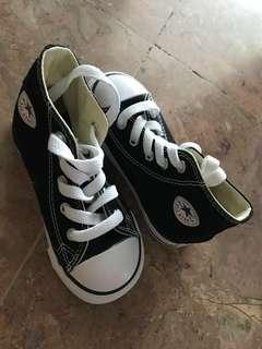 Converse kids (brand new)