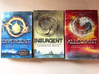 DIVERGENT SERIES (sold as set)