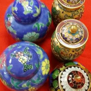 5 Mini pots