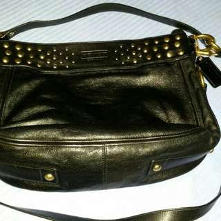 Revised price NOW ONLY RM300!. Preloved authentic Coach