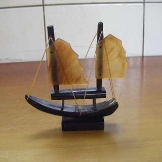 小帆船 牛角