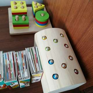 Magnet worm coordination toy and wooden toy