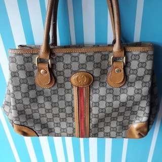 Rivercci handbag