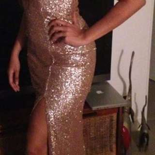 Pre-owned gold sequin gown