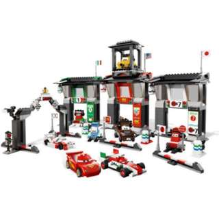 LEGO 8679 Cars Tokyo International Circuit (100% Complete)