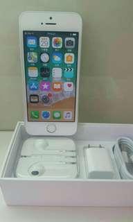 iPhone  Se 32G 黑色,銀色,粉色,158O$。128G  22OO$ 金色,銀色,粉色,黑色。全部99.9%new,近乎全新,跟埋配件。9O天保養。