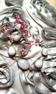 "Charming Rainbow Moonstone Bracelet. 7"" - 8"". Set in 925 Silver"