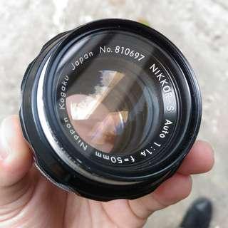 Nikon Nippon Kogaku 50mm f/1.4