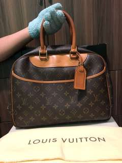 Louis Vuitton Deauville MM