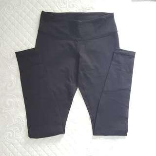 Lululemon Black Pants 2 for Sale - Size 6