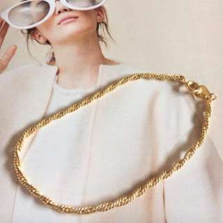 Elegant twisted chain design gold plated bracelet