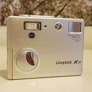 Konica Minolta Dimage X31 3.2MP digital camera