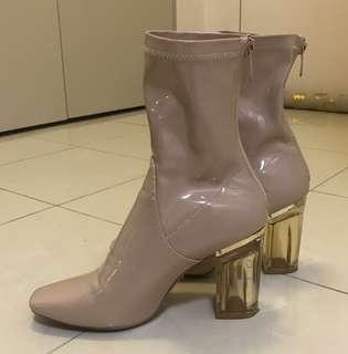 Perspex booties