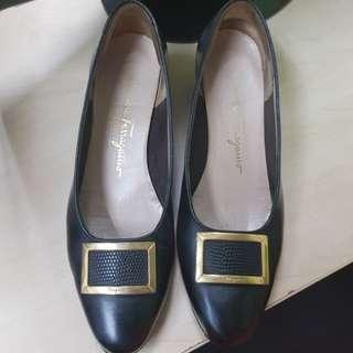 💯% ORIGINAL AUTHENTIC PRELOVED Salvatore Ferragamo Shoes