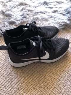Nike Dualtone Racer grey/black