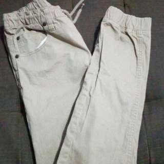 Authentic Jeaniologue jagger pants