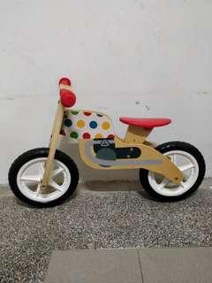 ELC balance bike