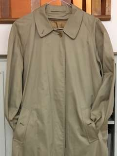 🚚 Burberry Trench Coat Honey Colour