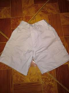 Khaki short 6 to 9mos