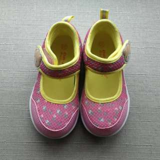 *50% off RTP* Dr Kong Stage 2 Girl Shoes