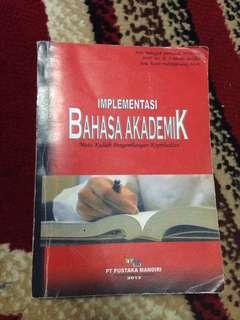 Implementasi Bahasa Akademik