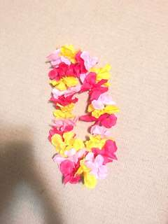 Hawaiian flower necklace garland