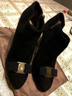 Authentic Salvatore Ferragamo Heels with dust bag